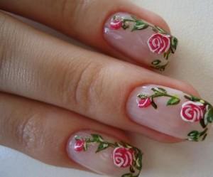 unhas flores rosas