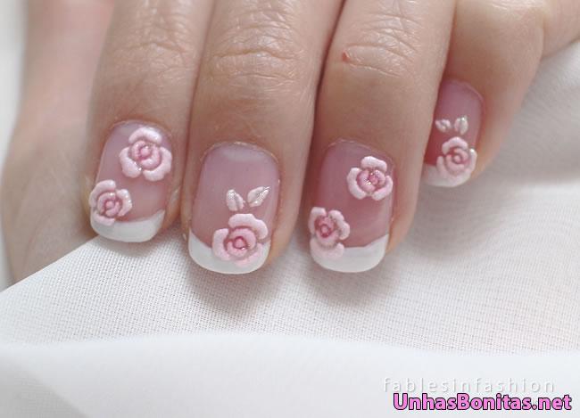 unhas com rosas 3d