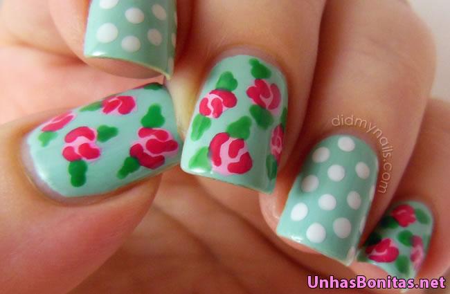 unhas decoradas com rosas 2