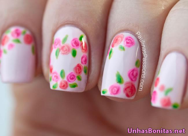 unhas decoradas com rosas 4